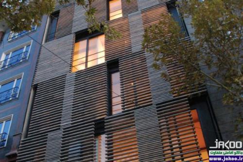 ساختمانی با نمای متحرک در تهران