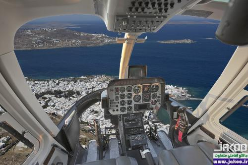 پرواز با هلی کوپتر بر فراز جزیره ی زیبای سانتورینی یونان