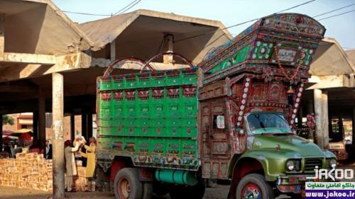 غرور محلی با روش تزئین کامیون در پاکستان
