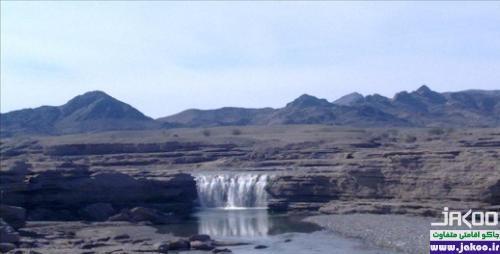 آبشار زیبای پورا و نخلستان های اسفند